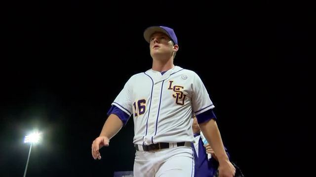 LSU Clinches SEC West Title With 11-5 Win Over MSU