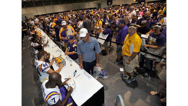 LSU Moves Annual Fan Day to Spring
