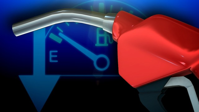 Gas prices drop in RI, Mass. just in time for holidays