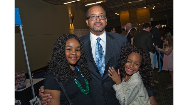 Baton Rouge General to host Father-Daughter Sweetheart Dance