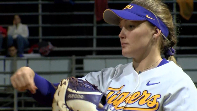 LSU Softball Sweeps Day One of Tiger Classic