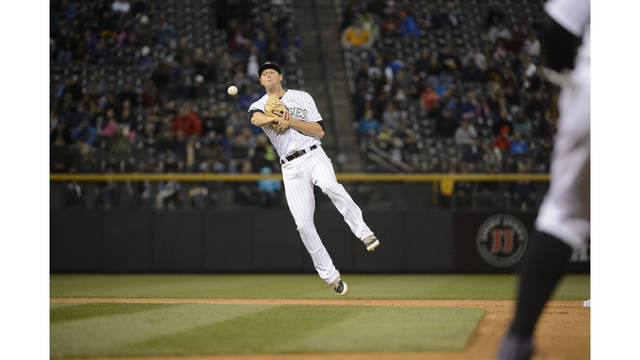 Former LSU Star Wins Gold Glove Award for Third Time