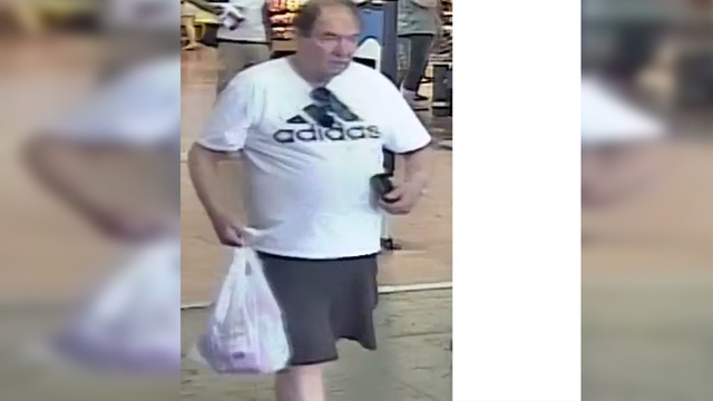 EBR Sheriff's looking for man who stole $100 from local Walmart