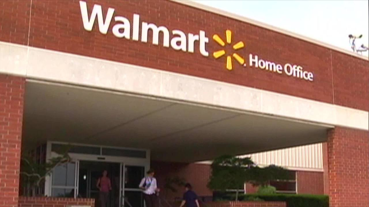 Walmart raises minimum age to buy tobacco to 21 - CNN